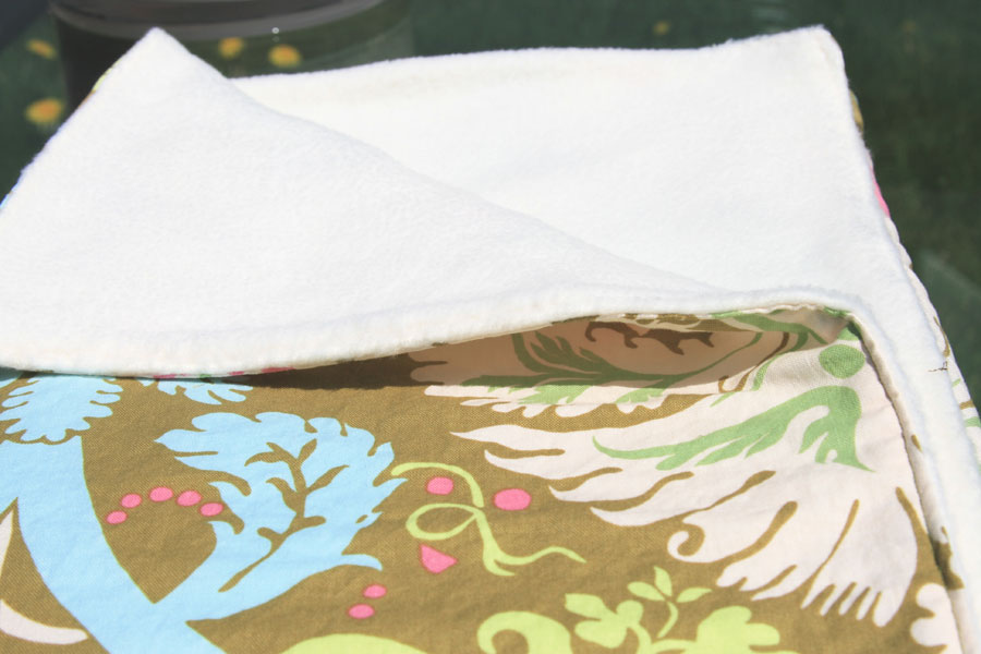 Fitf Blankets For Babies Or To Cover Adult Toes Film