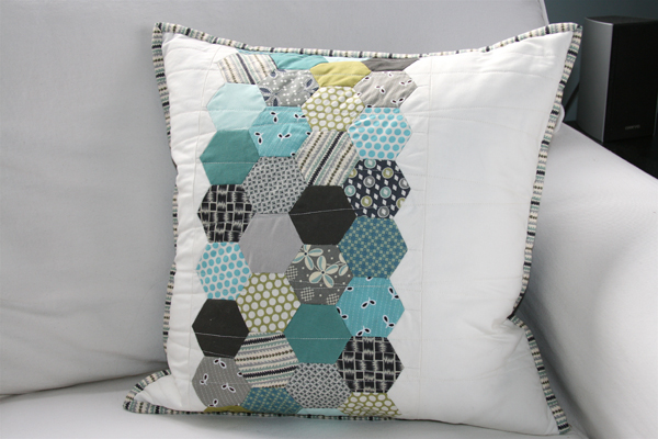 hexagon-pillow1