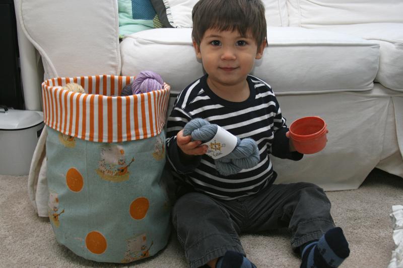 Round bottomed fabric storage buckets – a tutorial